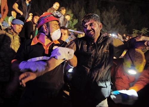 Soma'da En Karanlık Gece 24