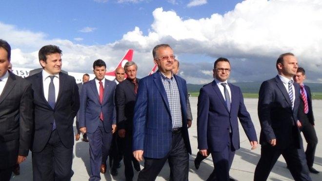 Vali Günay Özdemir Kars'ta 3