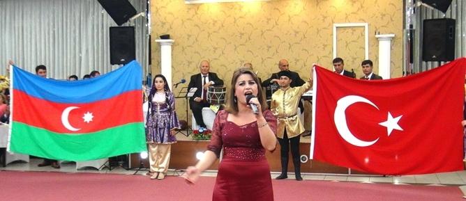 Azerbaycan'ın Cumhuriyet Günü 13