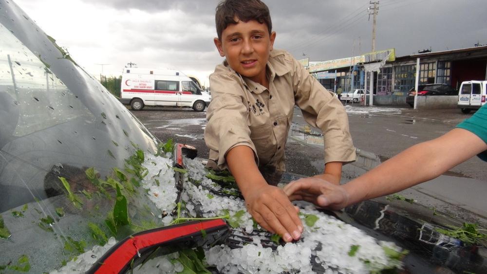 Kars'ta Şiddetli Rüzgar ve Dolu 10