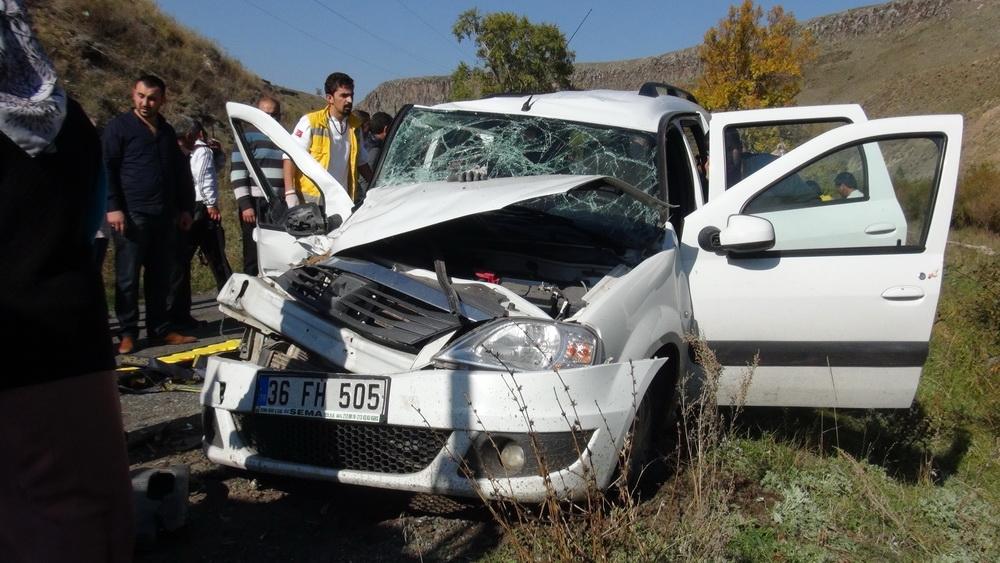 Kars'ta Trafik Kazası 6 Yaralı 7