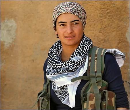 IŞİD'le Savaşan Kadınlar 17