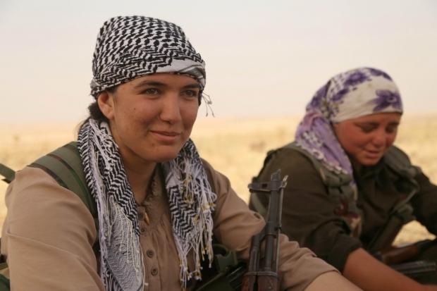 IŞİD'le Savaşan Kadınlar 22