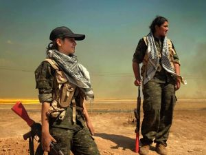 IŞİD'le Savaşan Kadınlar