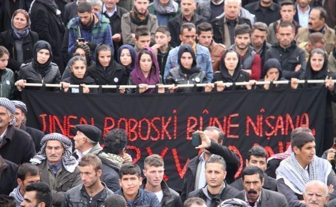 Onbinler Adalet için Roboski'de 11