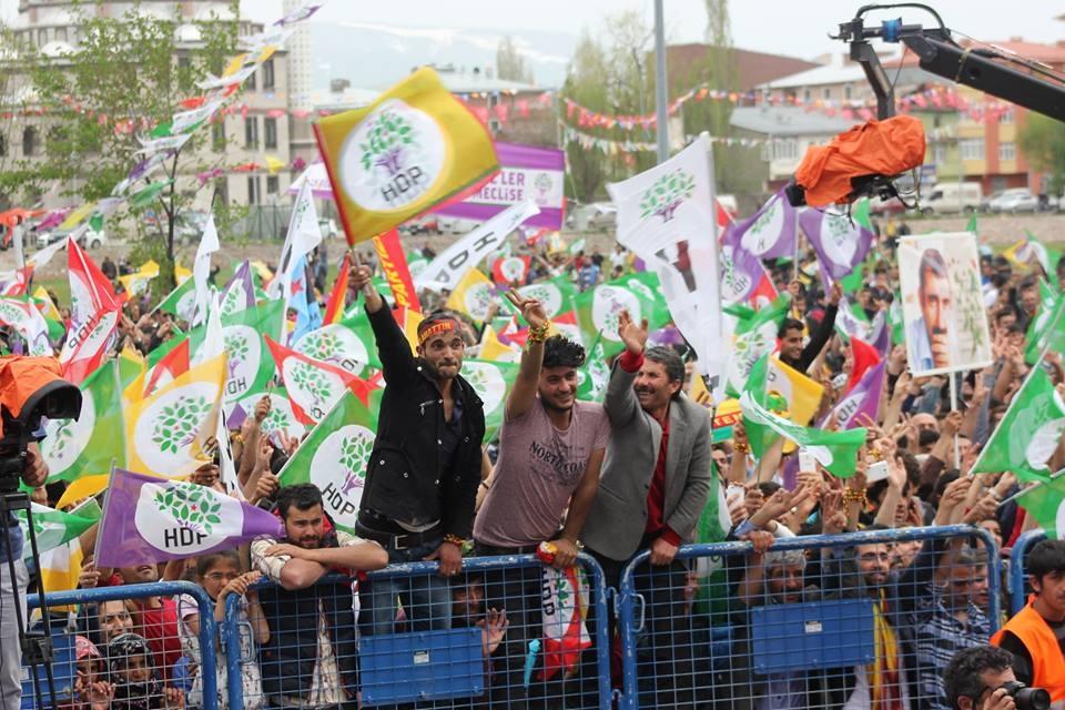 Kars'ta HDP'nin Miting Coşkusu 21