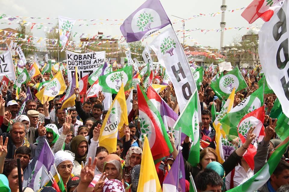 Kars'ta HDP'nin Miting Coşkusu 3