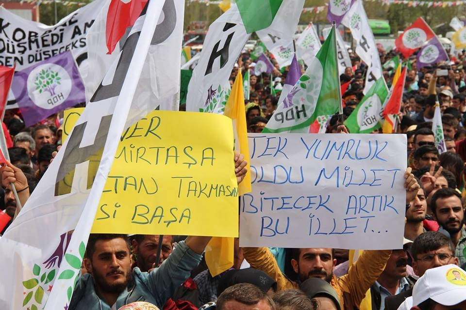 Kars'ta HDP'nin Miting Coşkusu 5
