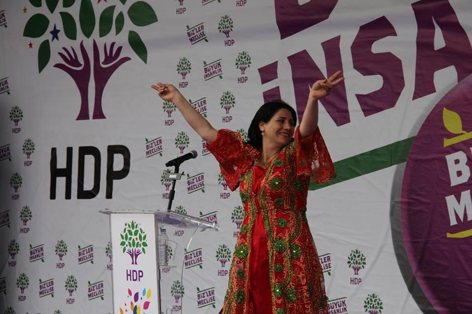 Kars'ta HDP'nin Miting Coşkusu 7