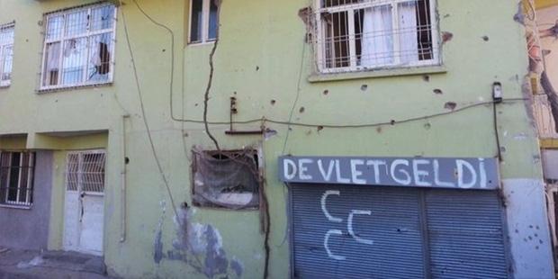 Silvan'da Özel Tim Duvarlara Yazılama Yaptı! 2