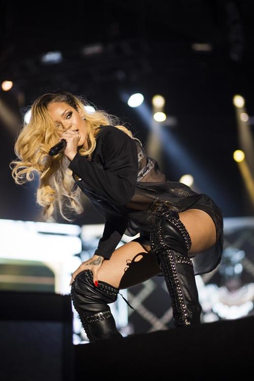 İstanbul'dan Rihanna geçti 2