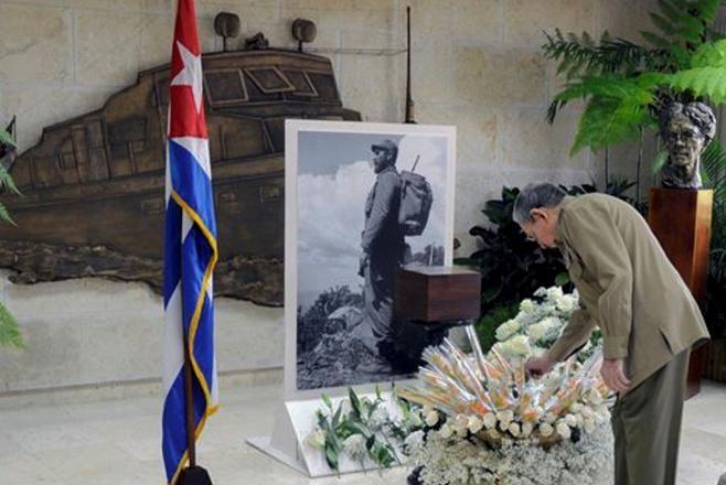 Fidel Castro'ya 'Elveda' 6