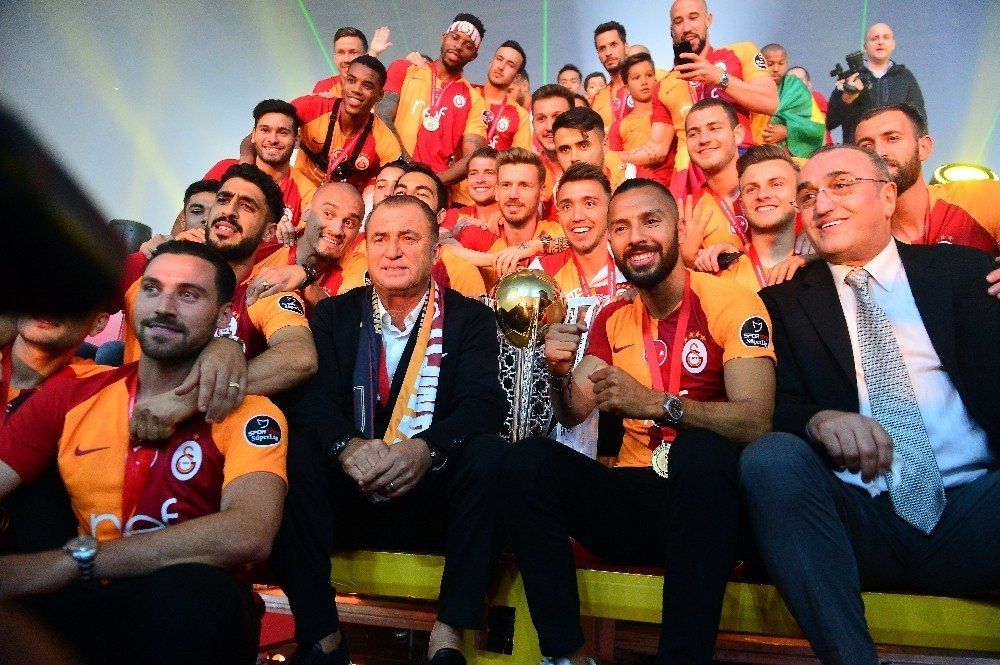 Şampiyon Galatasaray 8