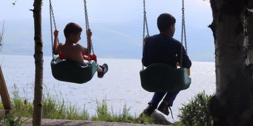 Çıldır Gölü'nde Yaz Sezonu