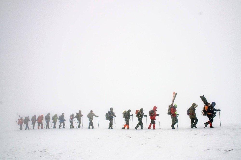 Karslı Dağcıların 'Gökçe Dağ' Yürüyüşü 1