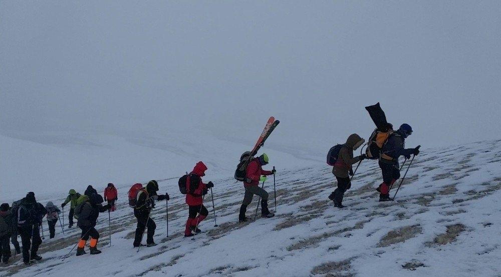 Karslı Dağcıların 'Gökçe Dağ' Yürüyüşü 4