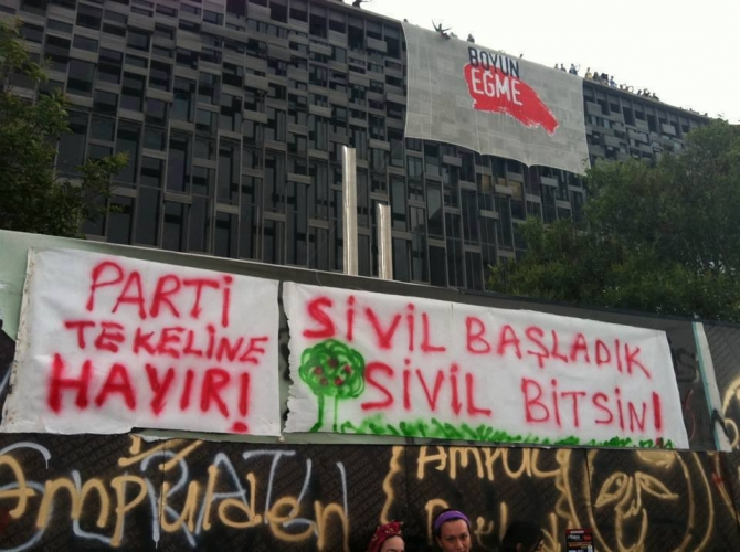 Gezi Direnişi 'Sosyal Medya'da 39