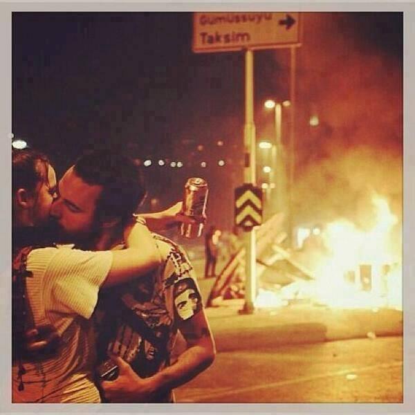Gezi Direnişi 'Sosyal Medya'da 49
