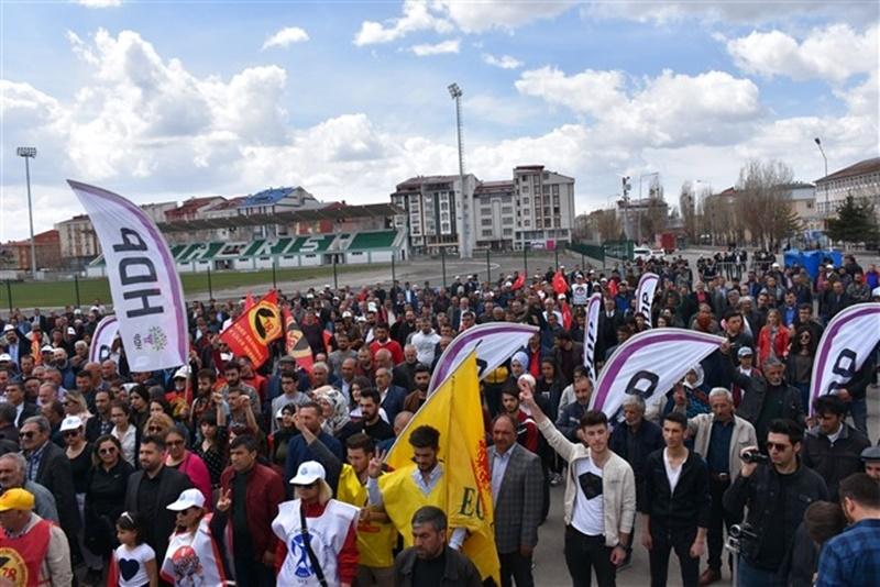 Kars'ta 1 Mayıs Coşkusu 1