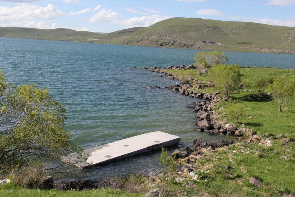 Çıldır Gölü'ne 'Köpük' İskeleler 8