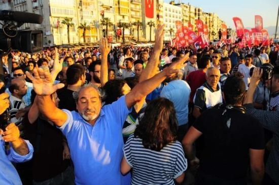 İzmir'de Gezi Parkı Coşkusu 5