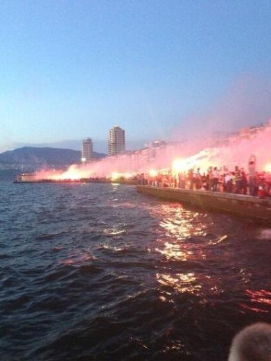 İzmir'de Gezi Parkı Coşkusu 9