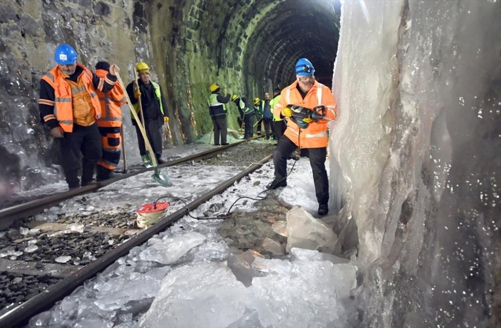 'Demiryolu İşçileri'nin Güncesi 14