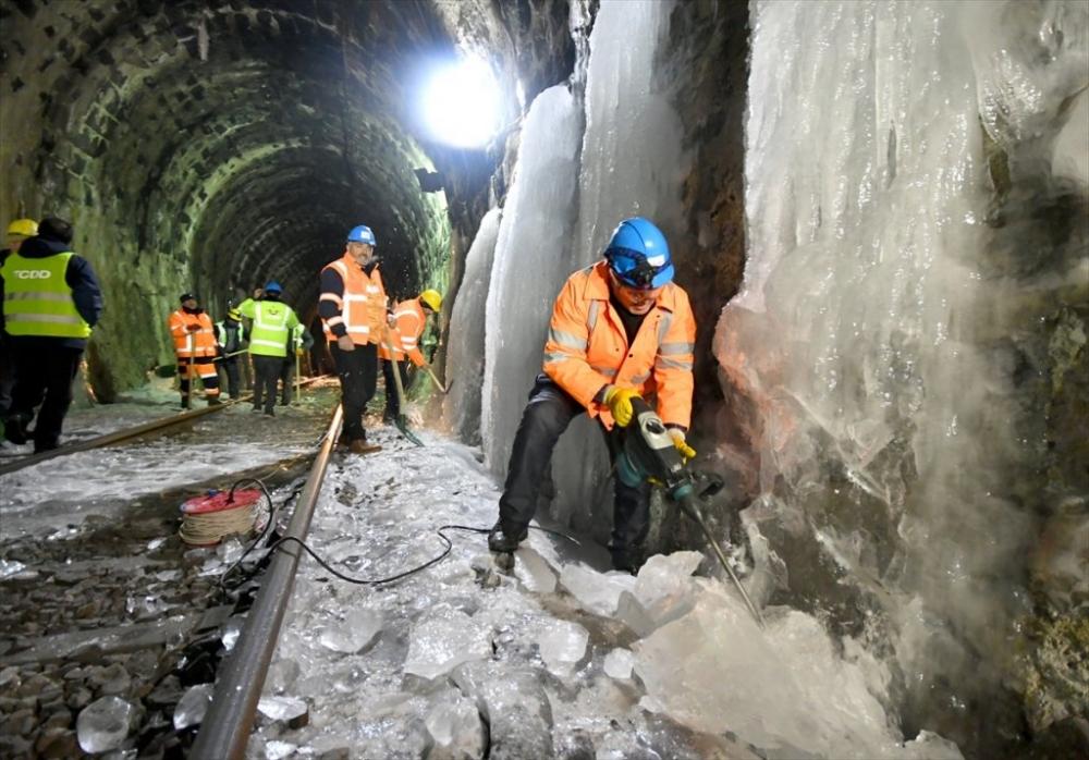 'Demiryolu İşçileri'nin Güncesi 15