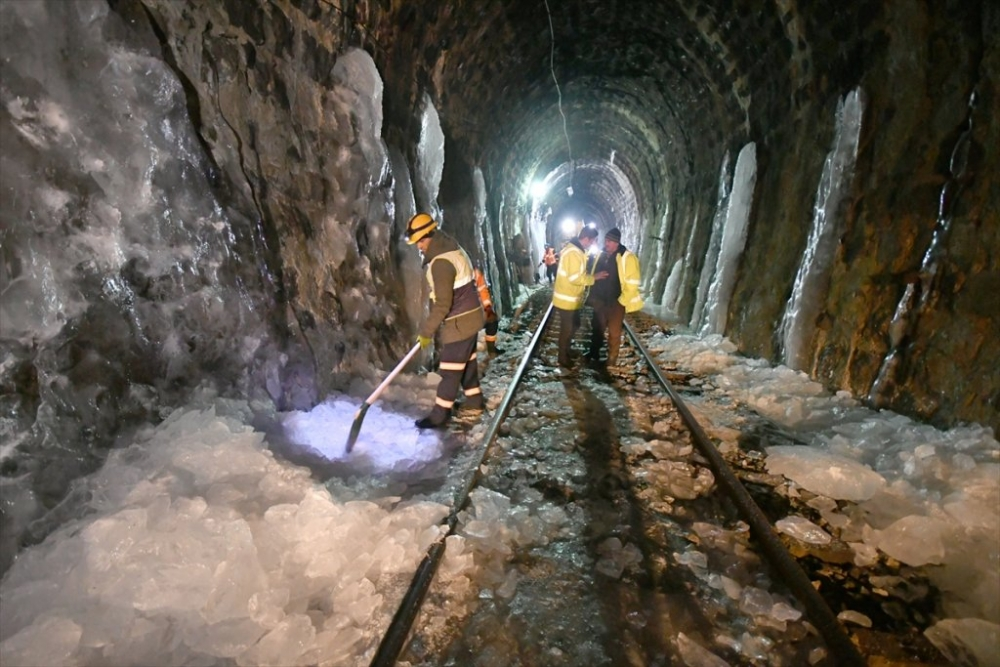 'Demiryolu İşçileri'nin Güncesi 16