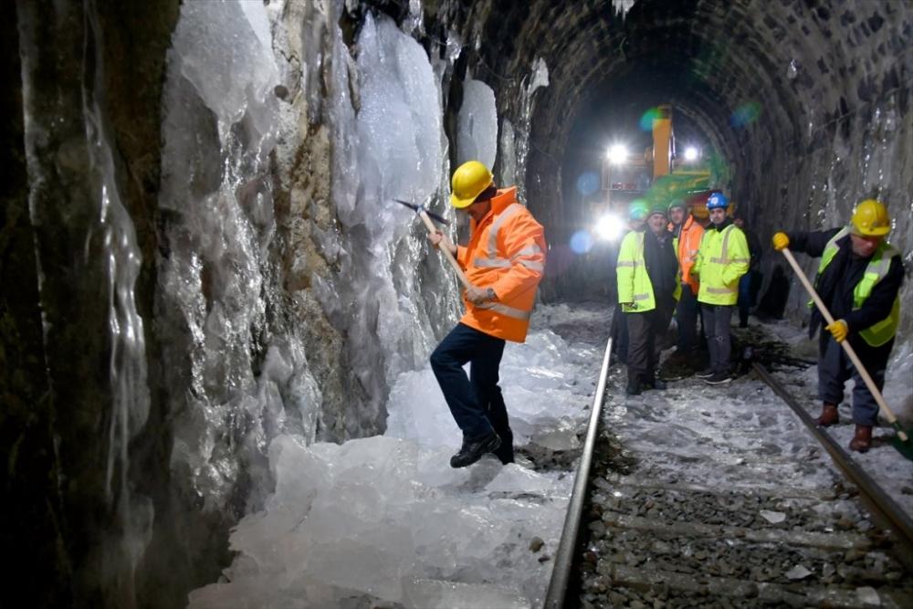 'Demiryolu İşçileri'nin Güncesi 9
