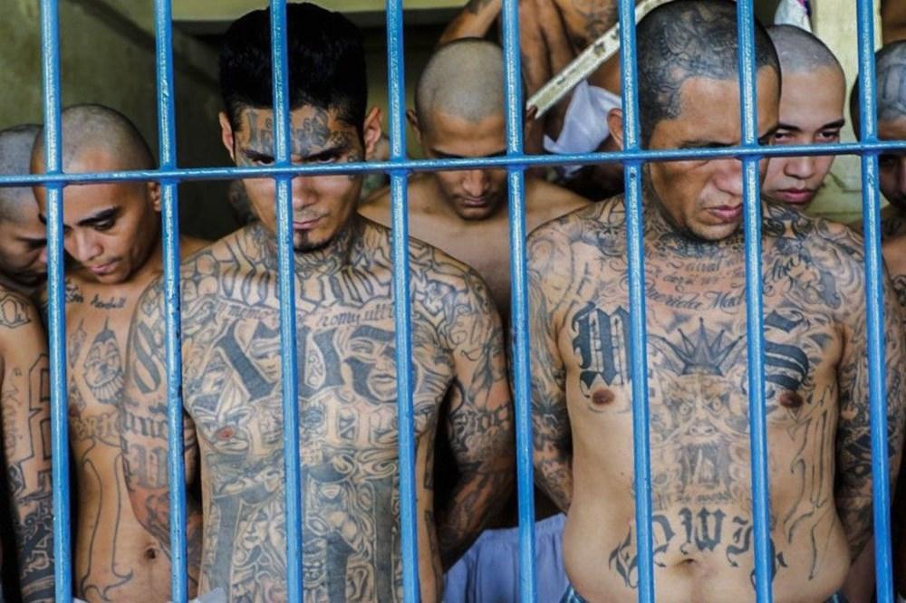 """El Salvador'da """"OHAL"""" Corona Dinlemedi 5"""