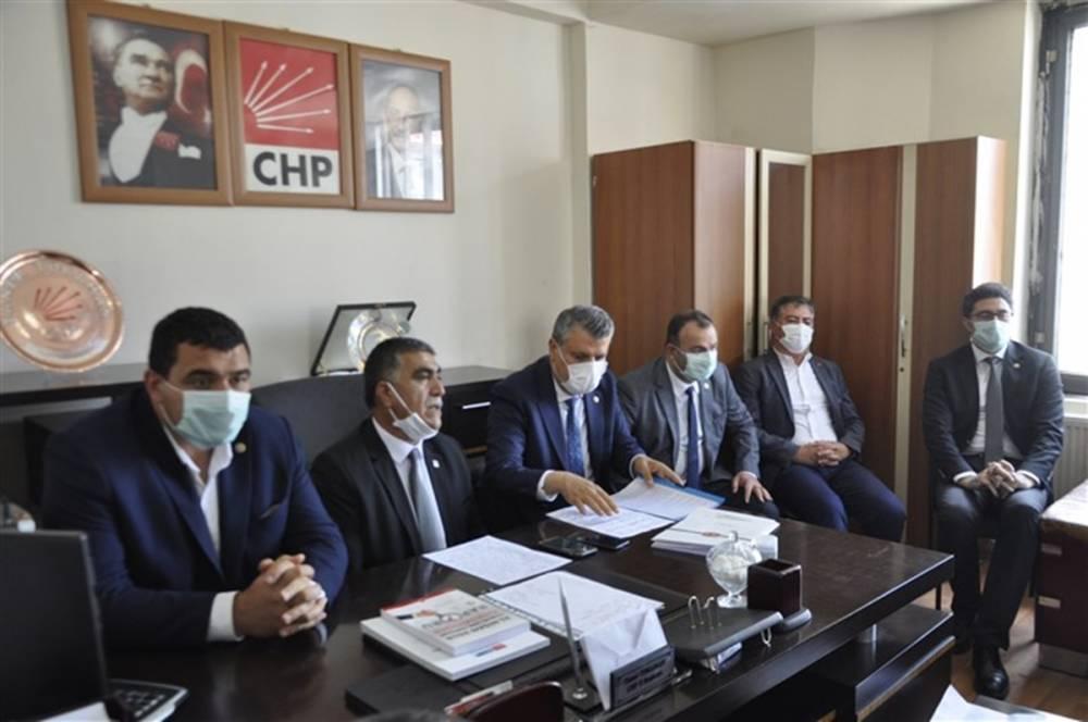 CHP'li Vekiller Kars'a Çıkarma Yaptı 1