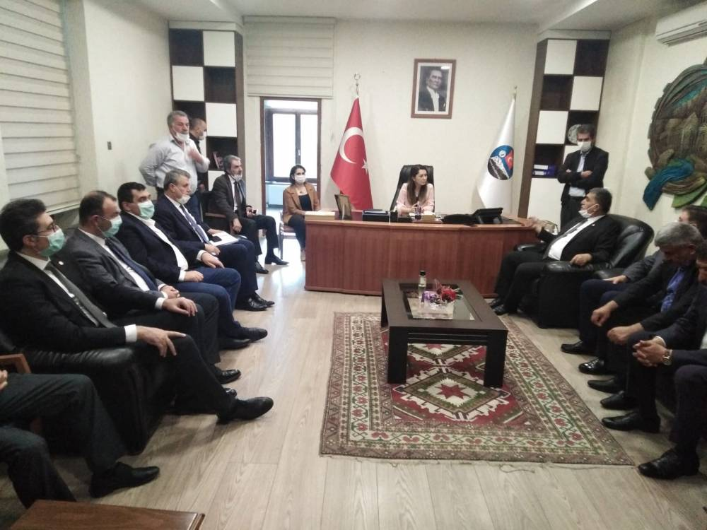 CHP'li Vekiller Kars'a Çıkarma Yaptı 14