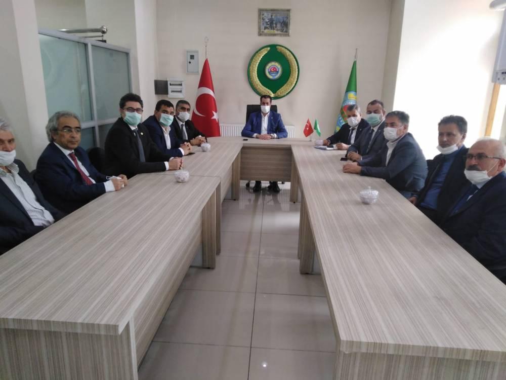 CHP'li Vekiller Kars'a Çıkarma Yaptı 17