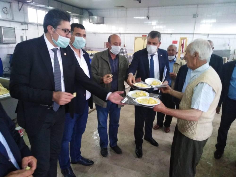 CHP'li Vekiller Kars'a Çıkarma Yaptı 19