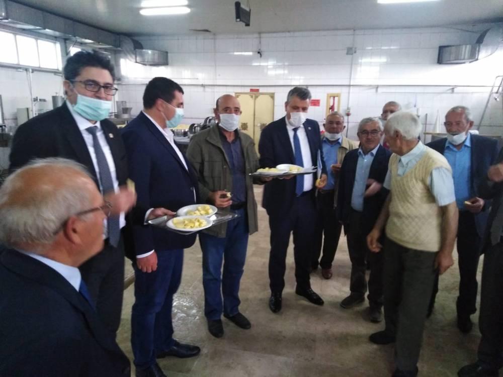 CHP'li Vekiller Kars'a Çıkarma Yaptı 20