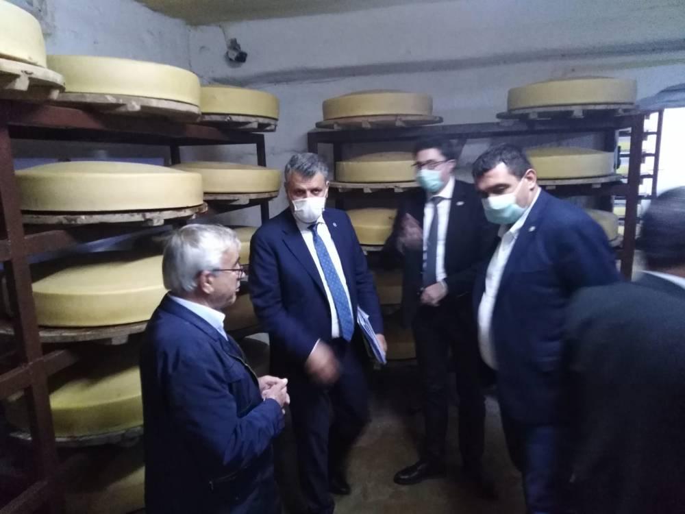 CHP'li Vekiller Kars'a Çıkarma Yaptı 24
