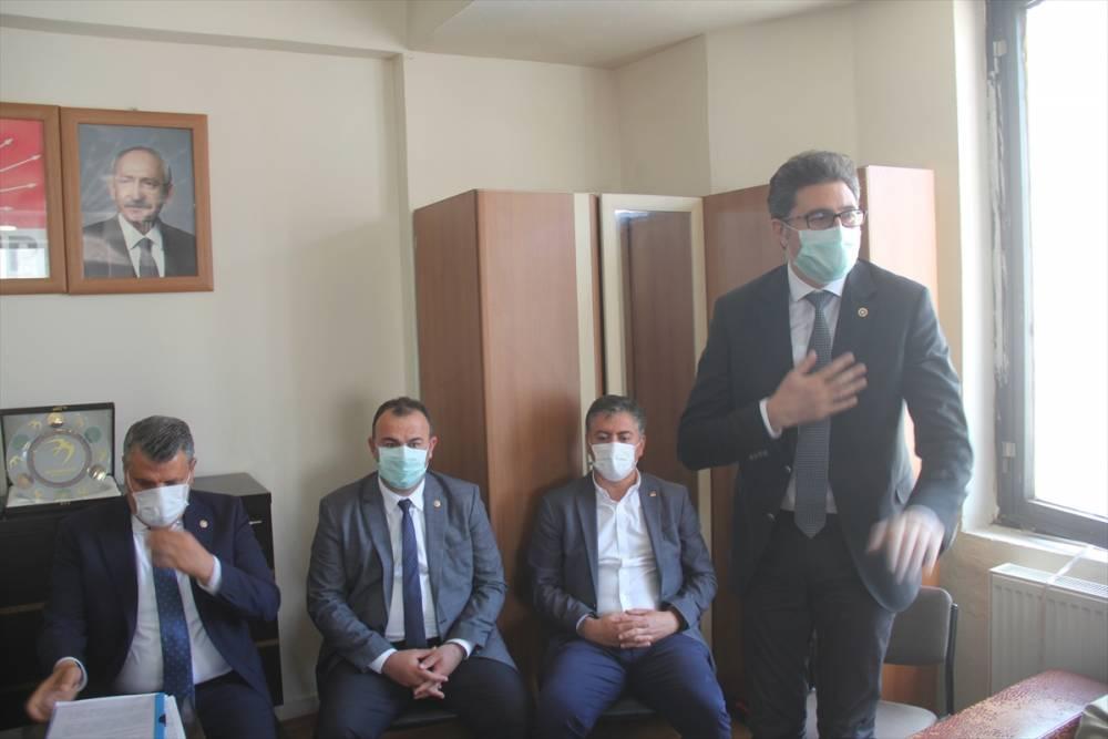 CHP'li Vekiller Kars'a Çıkarma Yaptı 3