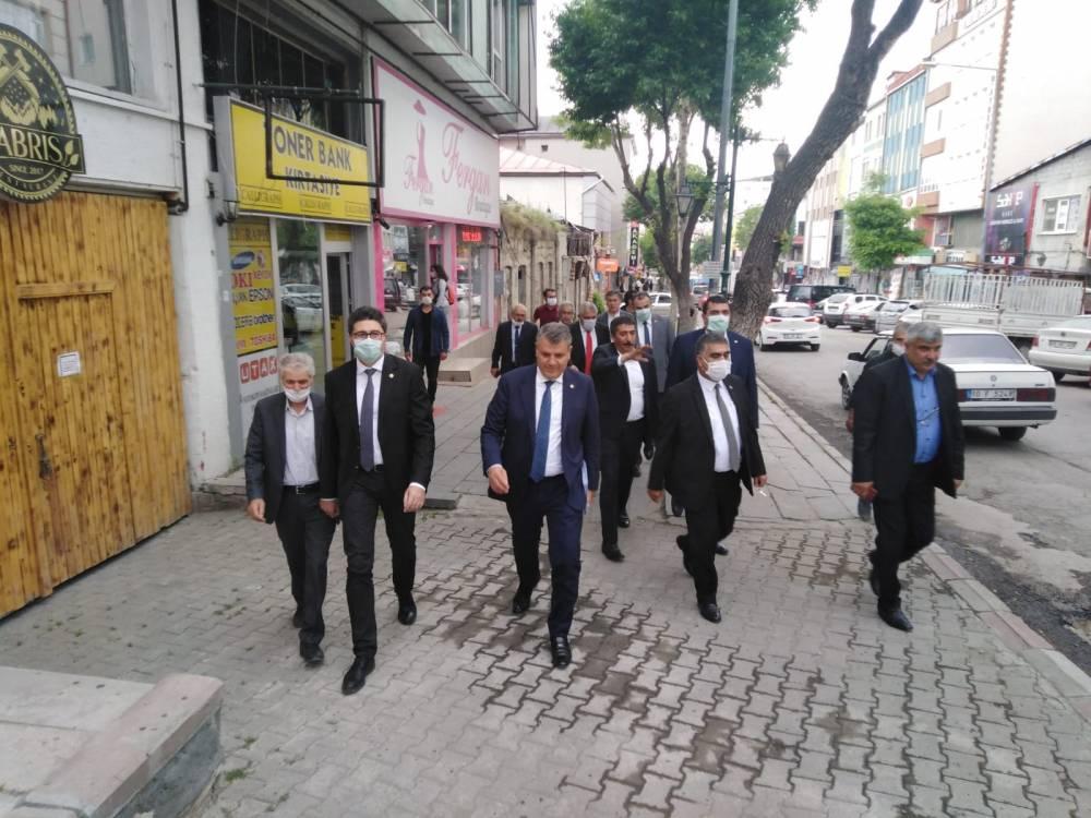 CHP'li Vekiller Kars'a Çıkarma Yaptı 7