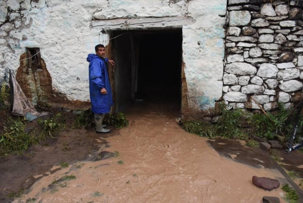 Kars   Sağanak Yağış, Dolu ve Sel Felaketi 11