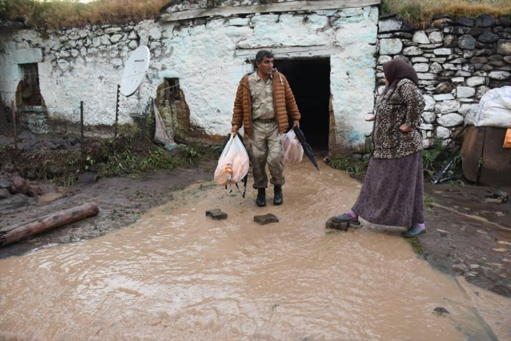 Kars   Sağanak Yağış, Dolu ve Sel Felaketi 13