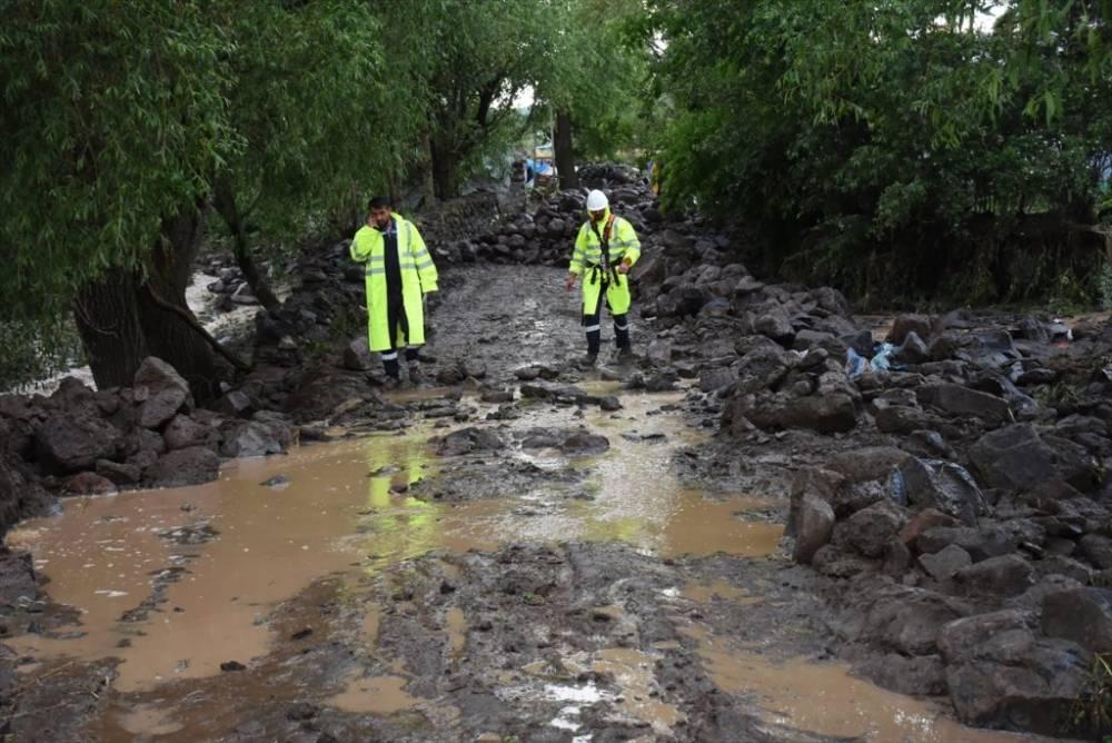 Kars   Sağanak Yağış, Dolu ve Sel Felaketi 8