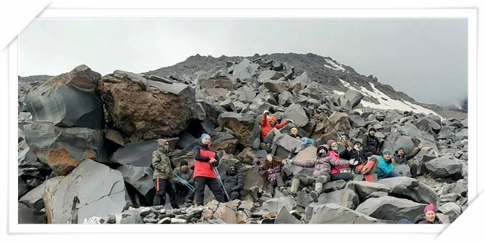 Karslı Dağcılar Ağrı'ya Tırmandı 8