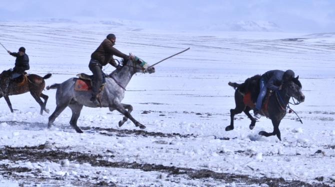 """Ciritçi""ler Rüzgarla Yarıştı 12"