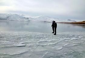 Çıldır Gölünün Yüzeyi Buz TUTTU