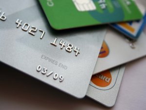 Kars'ta 'Kredi Kartı' Dolandırıcısı Yakalandı