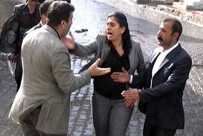 Polis Sebahat Tunceli ŞİKAYET ETTİ