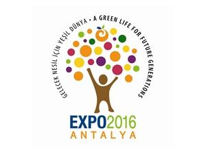 Selami Şahin ve Atiye Expo 2016'da Sahne Aldı