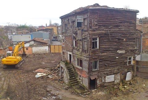 İstanbulun Tarihi Mirası Yok EDİLİYOR!