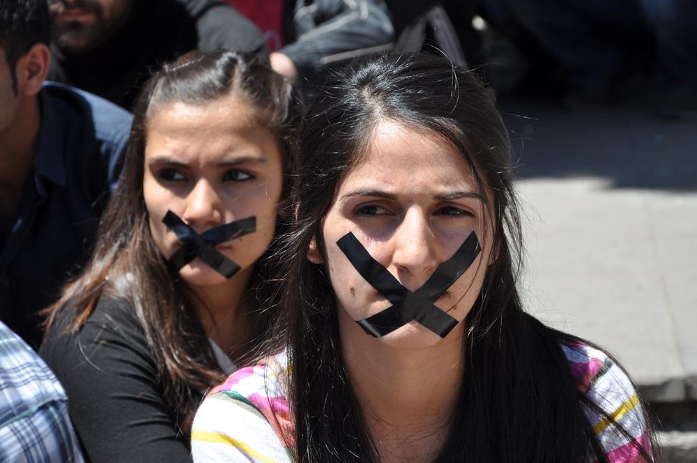 Öğrenci Gözaltıları Protesto EDİLDİ